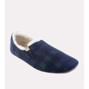 BRAND NEW PENDLETON SLIPPERS